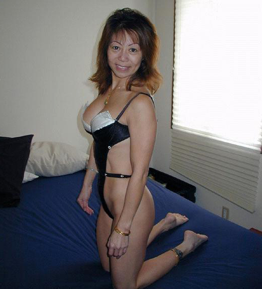 Naked old asian Asian Mature